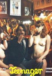 Monique et Julie, deux collégiennes en partouze (1979) Erotik Film izle