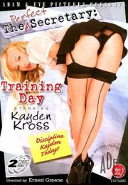 The Perfect Secretary Erotik Film izle
