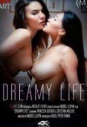 Rüya Gibi Yaşam – Dreamy Life erotik film izle