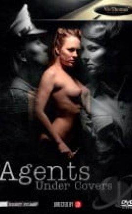 Kapaklar Altında Erotik Film izle